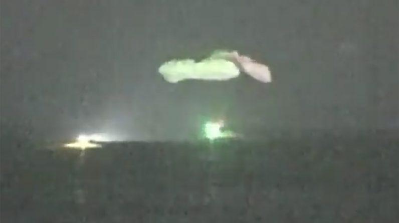 SpaceX sprowadził 4 astronautów z powrotem na Ziemię podczas pierwszego nocnego lądowania od 1968 roku