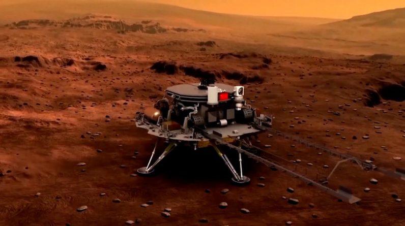 Chińska Agencja Kosmiczna właśnie podarowała wspaniały prezent z okazji 100. urodzin Partii Komunistycznej: statek kosmiczny na Marsie, Chińska Agencja Kosmiczna właśnie podarowała Partii Komunistycznej wspaniały prezent na 100. urodziny: pojazd na powierzchni Marsa.