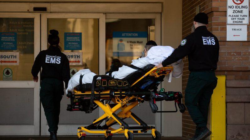 CDC przewiduje wzrost liczby przypadków Covid w USA do maja z powodu wariantu B.1.1.7 przed `` gwałtownym spadkiem ''