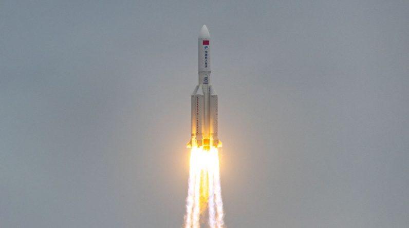 Odłamki rakiety z chińskiej stacji kosmicznej spadają na Ziemię - ale gdzie?