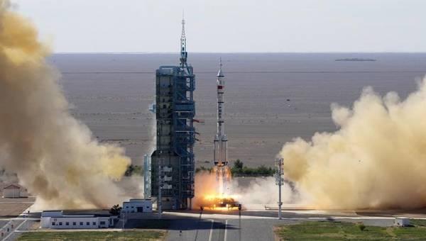Chiny uruchamiają załogowy statek kosmiczny do budowy stacji kosmicznej - Juventud Rebelde