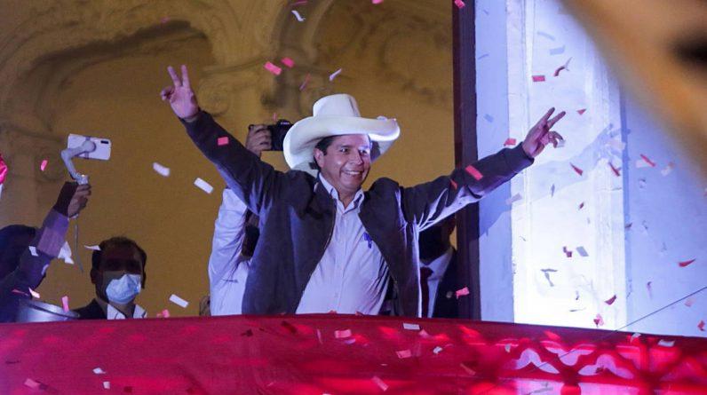 """Pedro Castillo mówi, że jest wybranym prezydentem Peru: """"Nie jesteśmy komunistami, nie jesteśmy Chavistą"""""""