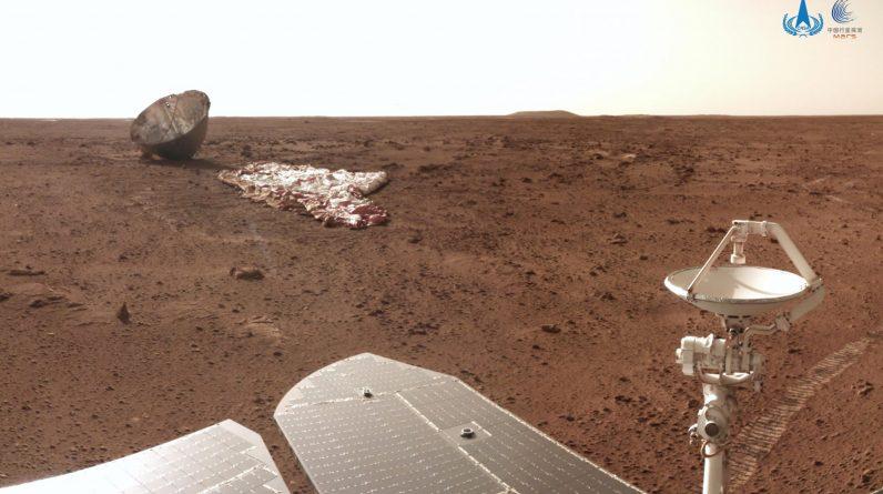 Nowe zdjęcia Marsa z chińskiego łazika Zhurong