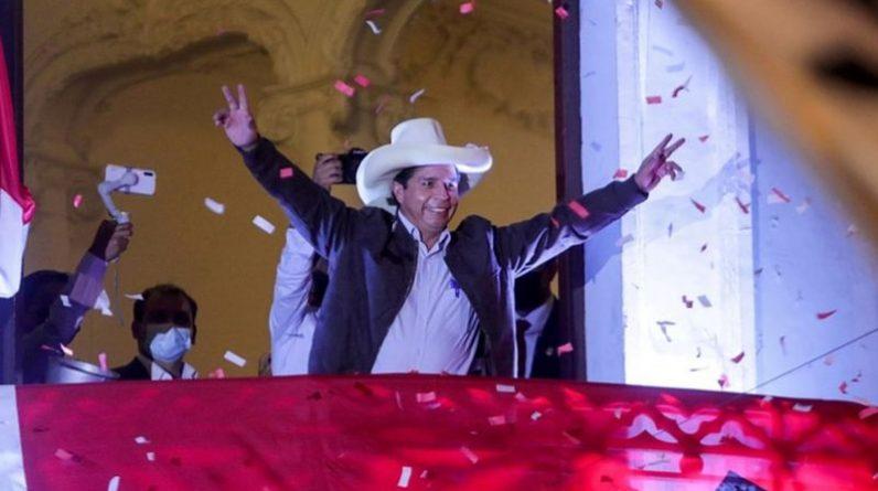 Pedro Castillo zostaje nowym prezydentem Peru po wygraniu drugiej tury wyborów election