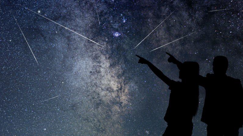 Podwójne deszcze meteorytów osiągną szczyt dzisiejszej nocy - ale może być trudno je oglądać