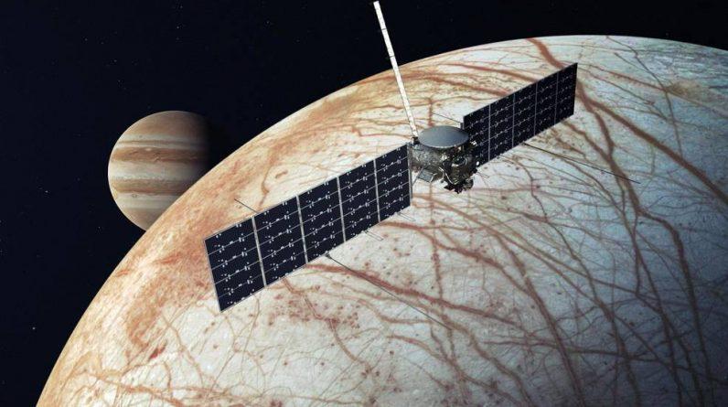 Ciężka rakieta SpaceX Falcon została wybrana do wystrzelenia sondy NASA na lodowy księżyc na Jowiszu