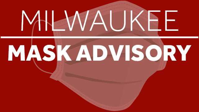Milwaukee zaleca stosowanie masek na twarz we wszystkich zamkniętych pomieszczeniach