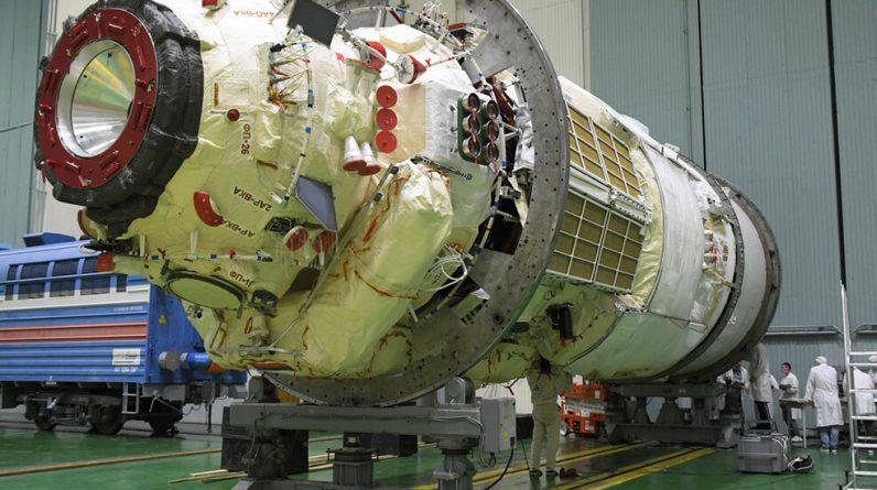 Rosja dokuje nowy moduł stacji kosmicznej: transmisja wideo na żywo