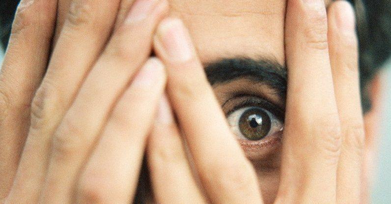 """Pierwsze dogłębne badanie zjawiska """"mysokinezji"""" pokazuje, że może ono dotyczyć 1 na 3 osoby"""